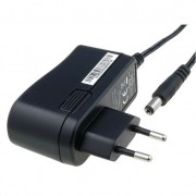 Alimentatore DC switching 12V DC 0,7 Ah 8,4W spina 5,5x2,1 compatto